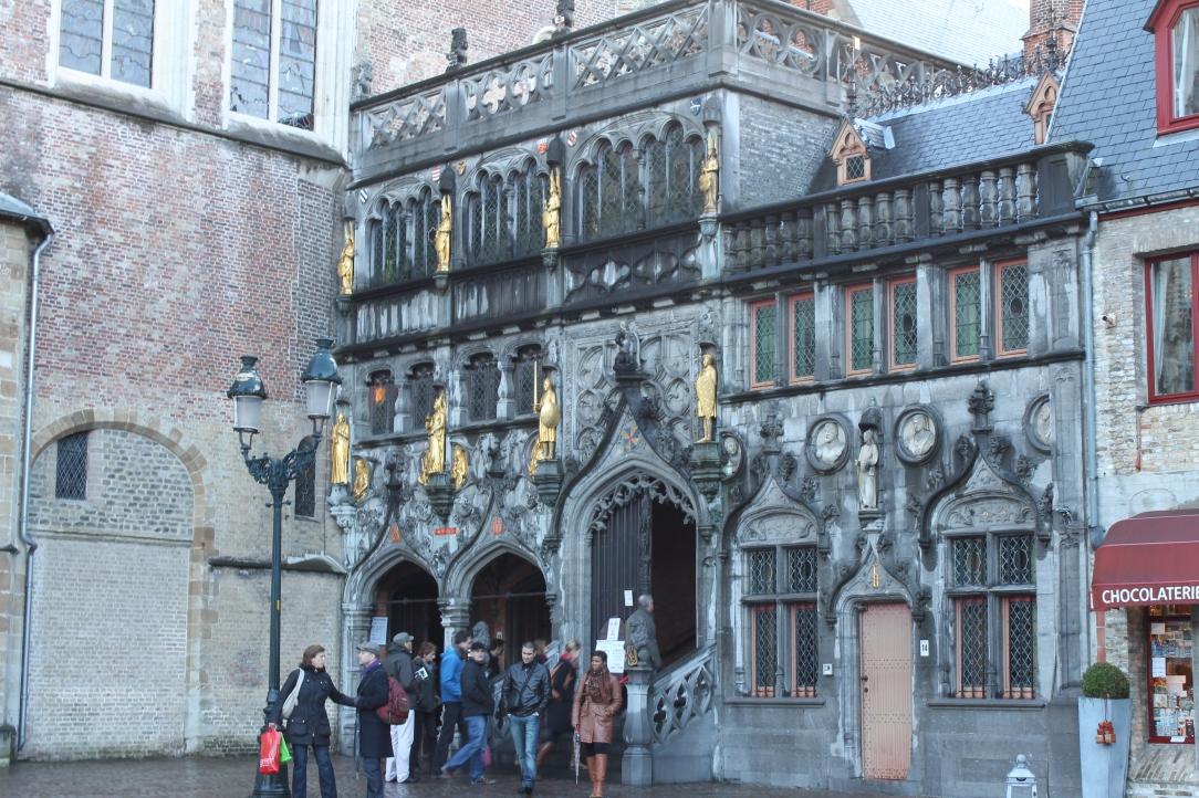Bazilica Sfantului Sange (exterior)