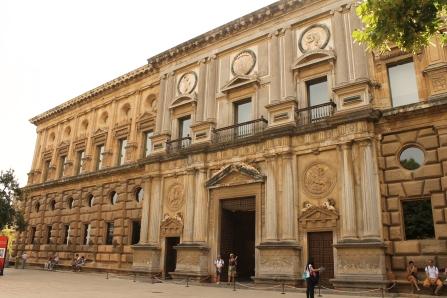 Palatul lui Carol Quintul (V)