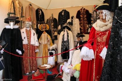 Carnavalul din Venetia, magazin de costume
