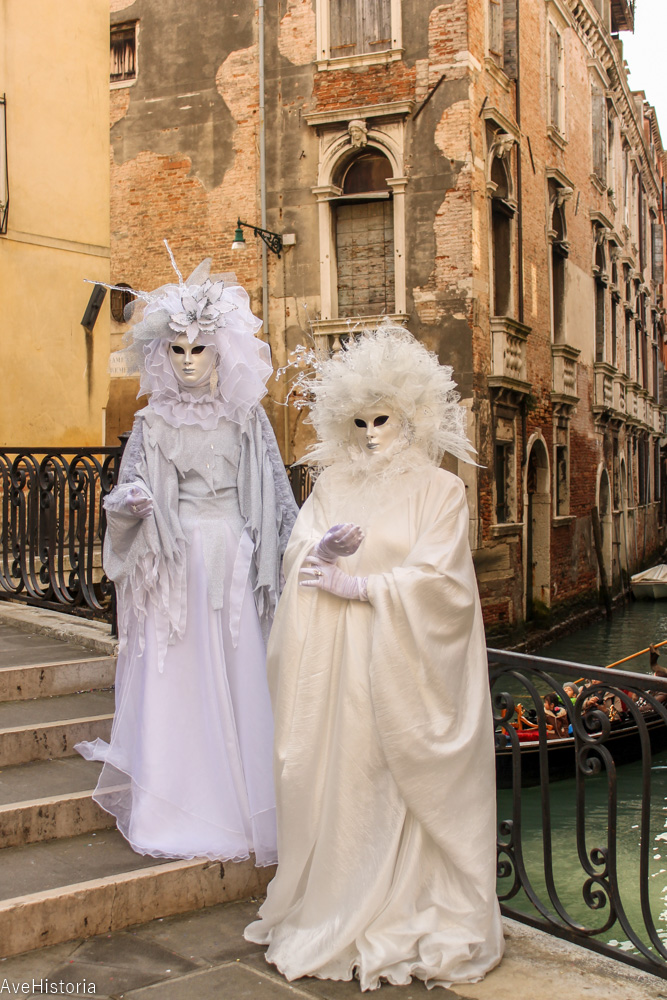 Carnavalul din Venetia, bauta