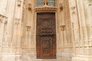 Usa de biserica, Rouen