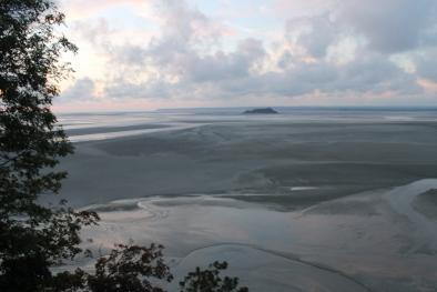 Insula Tombelaine vazuta de pe Munte