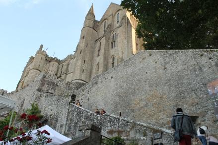 Le Chatelet (stanga), La Merveilles (dreapta)