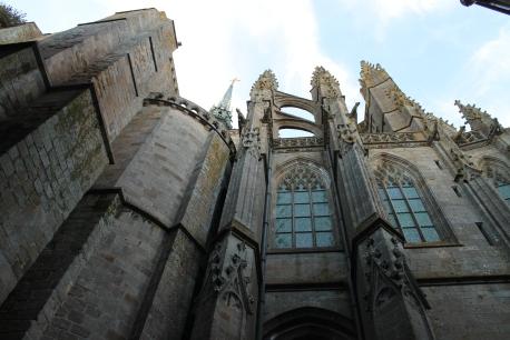 Vedere a corului manastirii