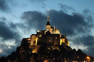 Apusul soarelui la Muntele Saint Michel, Franta