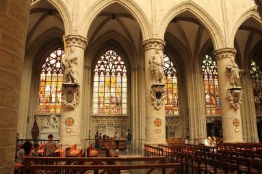 Catedrala Saint Michel et Gudule-interior