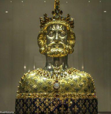 Bustul lui Charlemagne, Aachen