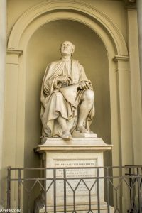 Statuia lui Filippo Brunelleschi