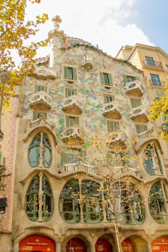 Casa Batllo, exterior, Barcelona