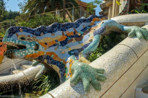 Park Guell salamandra